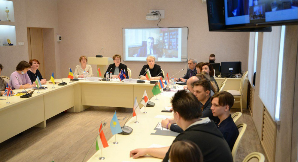 The IX International Conference «Future Trends, Organizational Forms and Effectiveness of Cooperation Development between Russian and Foreign Universities» was held in the University